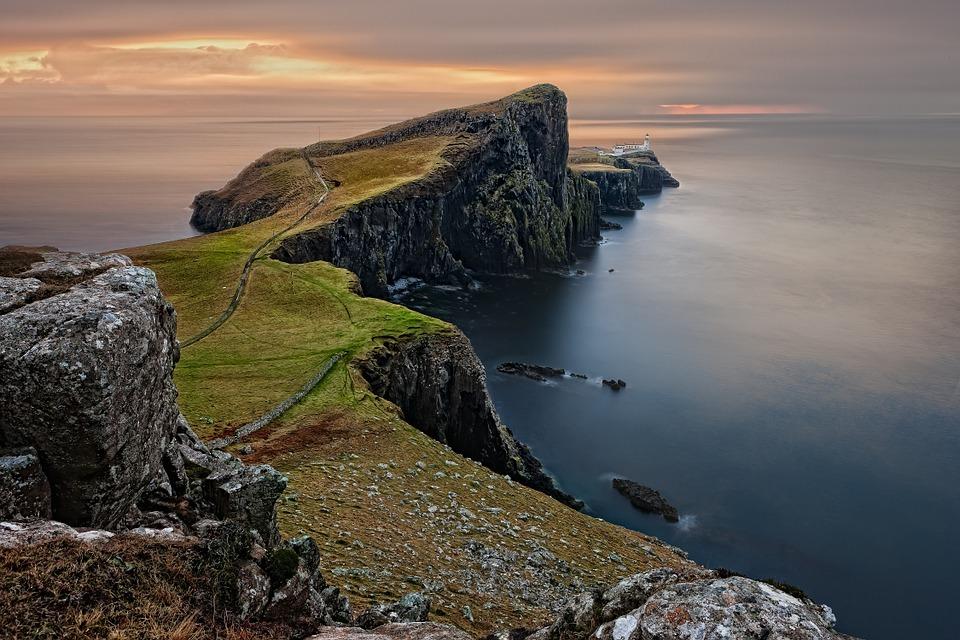 Faro de Escocia